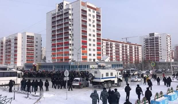 В Башкирии на митингах в поддержку Навального задержано 24 человека