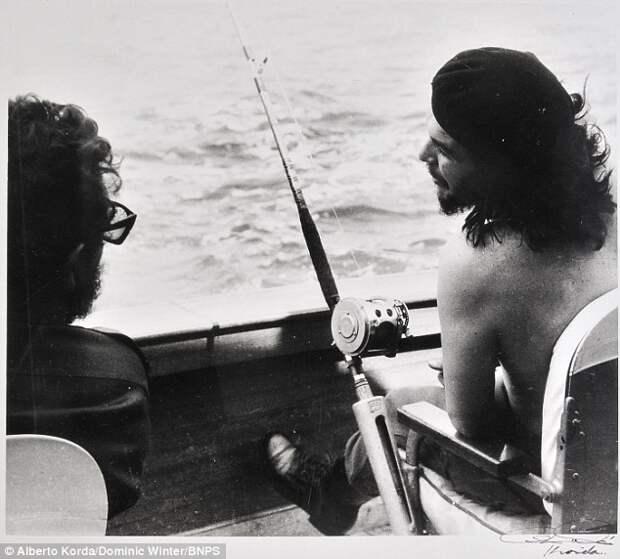 Редкие снимки Фиделя Кастро и Эрнесто Че Гевары. Фотограф Альберто Корда 4