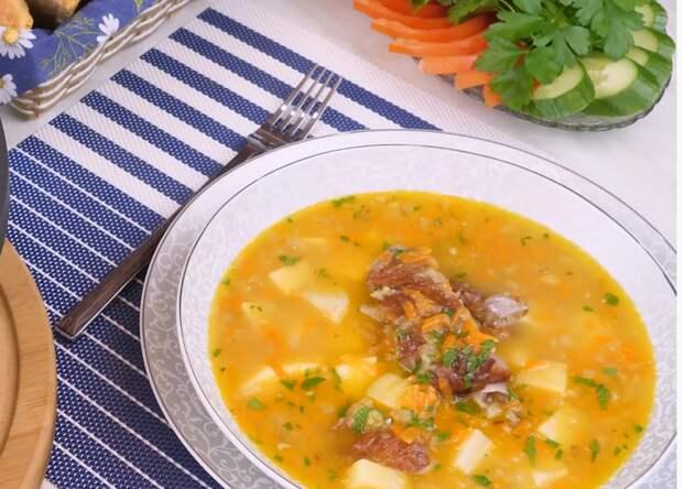 Гороховый суп с пикантной добавкой
