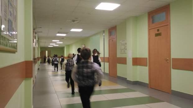 Учеников казанской гимназии №27 эвакуировали из-за пожарной сигнализации