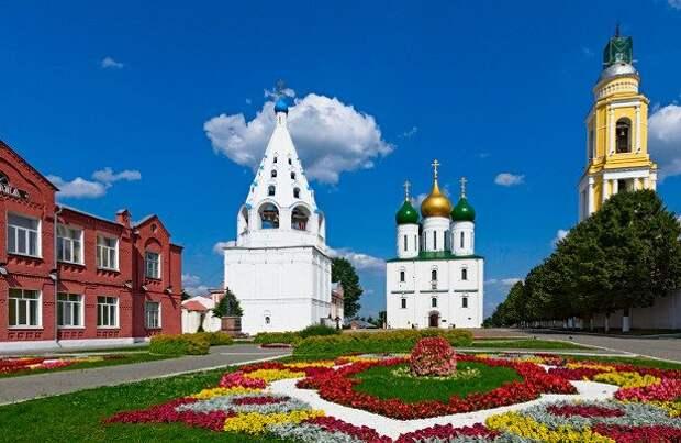 Составлен список лучших для автопутешествий мест России