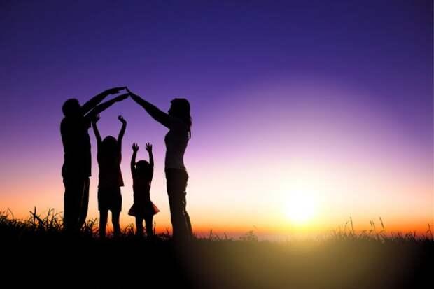 Возможно ли построить счастливую семью без любви?