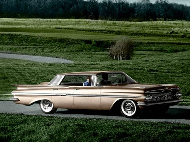1959_Chevrolet_Impala_Sport_Sedan_03
