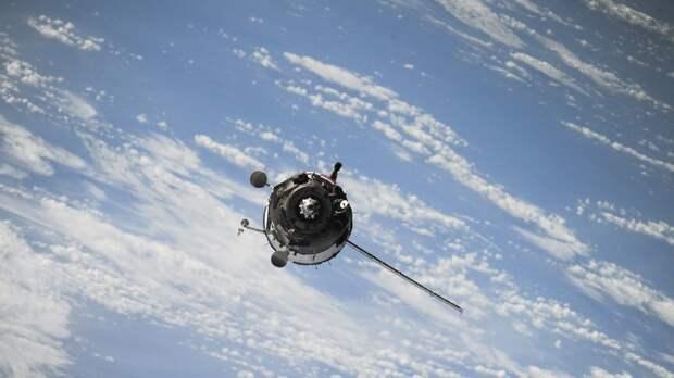 """Космический спутник """"Арктика-М"""" осенью подключат к мониторингу Земли"""
