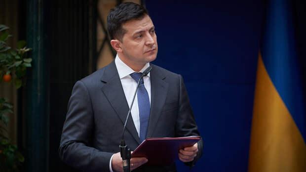 Зеленский сообщил Блинкену о медленном отводе ВС России от границ Украины