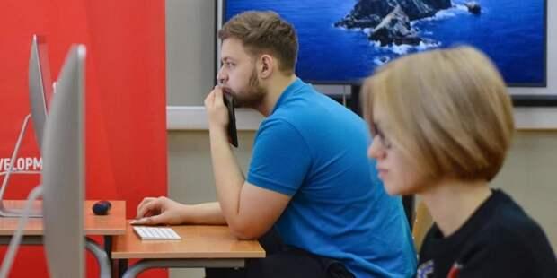 Собянин увеличил стипендии проходящим дополнительное профобучение москвичам / Фото: Ю.Иванко,