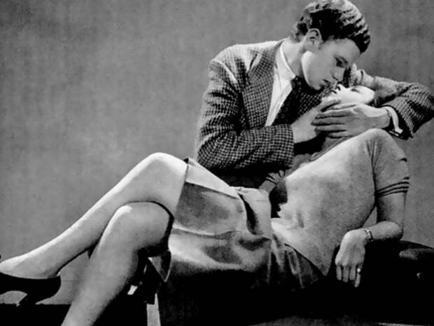 Редакция журнала LIFE 1940-х годов учит, как правильно целоваться