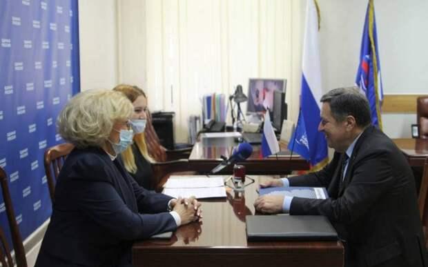 Депутат Госдумы Андрей Макаров подал документы на предварительное голосование «Единой России»