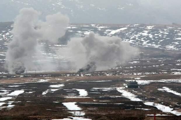 Появились фото с учений российских танков в Крыму