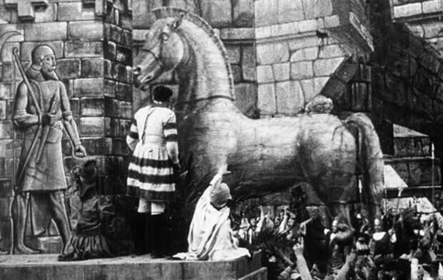 Кино как художественная археология