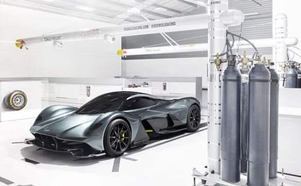 400 км/ч: новые поразительные подробности о гиперкаре Aston Martin