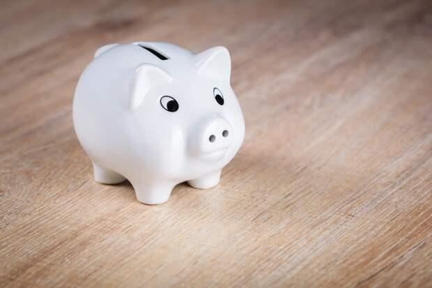 Что лучше сделать: положить деньги на вклад или купить недвижимость