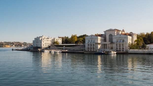 Крымчане обеспокоены экологическим состоянием Днепра на Украине