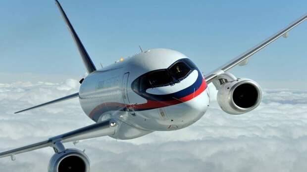 Иран хочет закупить 500 самолетов Sukhoi Superjet 100