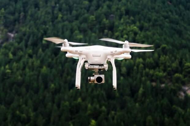 Дубайская фирма разработала магнитный щит для защиты от шпионских дронов.