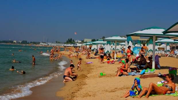 Журналисты ФАН оценили стоимость отдыха в Крыму в 2021 году