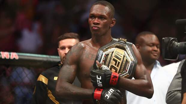 Адесаньязащитил титул чемпиона UFC в среднем весе