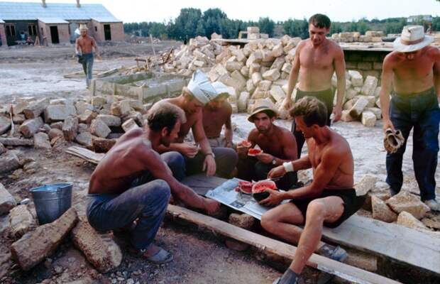 Советская молодёжь