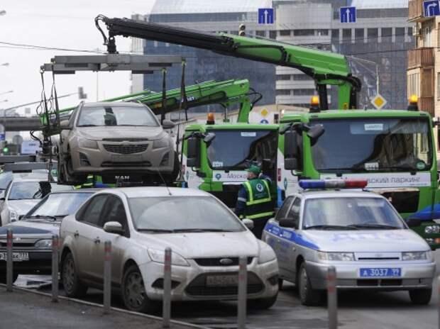 Общественники-автомобилисты собираются бороться с эвакуаторами