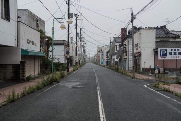 fukushima-japan-nuclear-plant-aftermath56