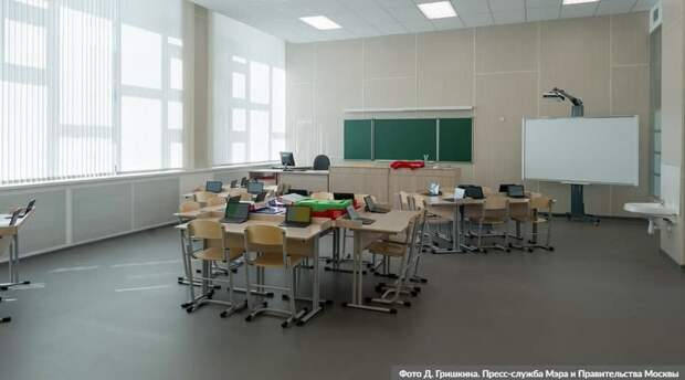 В Москве на неделю продлили все ограничения, кроме школ. Фото : Д.Гришкин, mos.ru