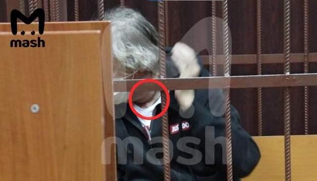 Михаил Ефремов пытался покончить с собой.