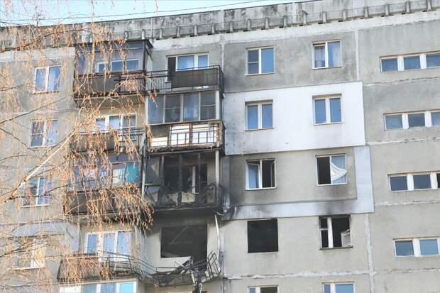 Депутаты гордумы обсудили возможные варианты расселения жильцов аварийного дома на улице Краснодонцев