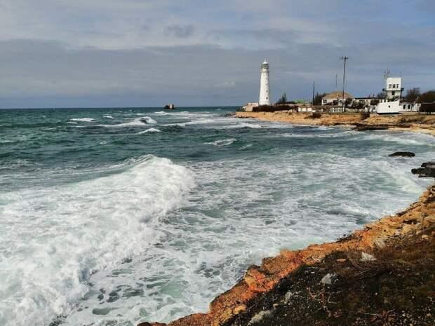 Ожидаются сильные ливни, грозы, град: В Крыму объявили штормовое предупреждение