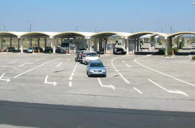 На пограничном контроле выявлены две машины с «закавыками»