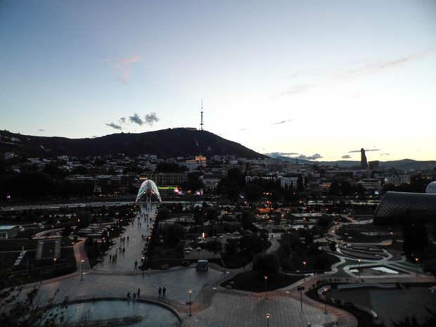 Солнечный Тбилиси
