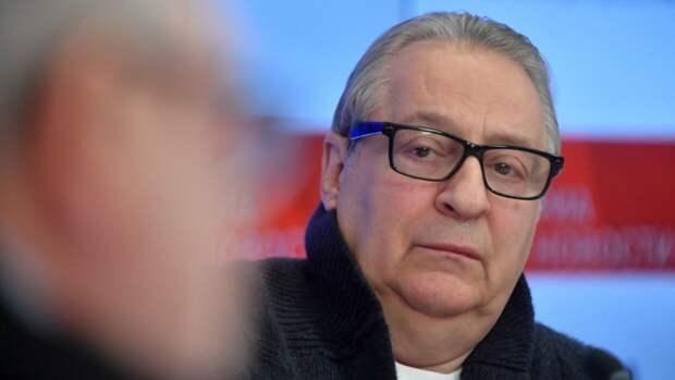 Хазанов рассказал о хамском поведении сводного брата