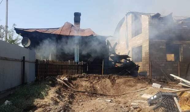 Сгорели дачный дом и коттедж: детали пожара вЧерноисточинске под Нижним Тагилом