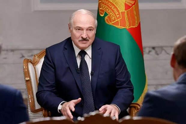 Лукашенко загадал желание на Новый год и назвал себя «дежурным по стране»