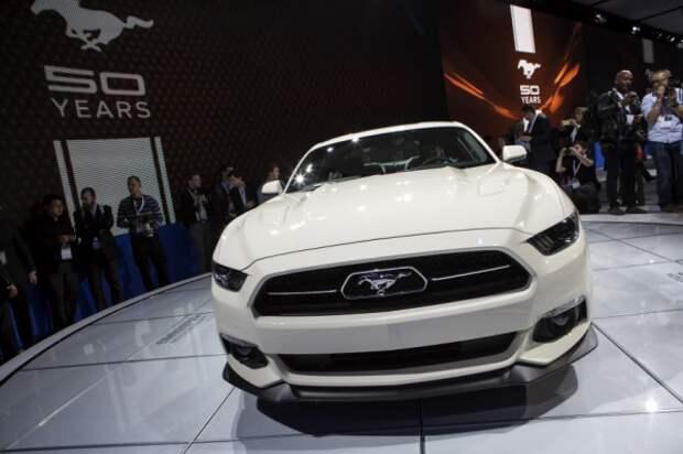 Катание белого коня: как «Форд-Мустанг» Америку пересекал