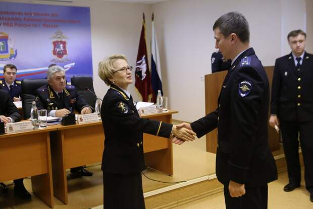 Сотрудники УВД по СЗАО получили ведомственные награды