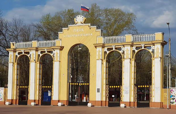 Депутаты обсудили перспективы развития Автозаводского парка культуры и отдыха
