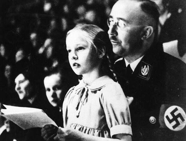 Гудрун с отцом Генрихом Гиммлером