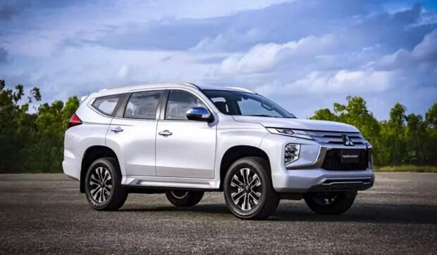 Mitsubishi представит две новинки для России в 2021 году
