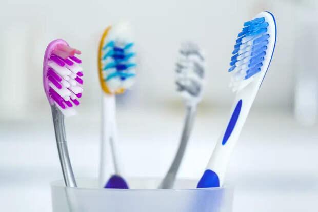 Не выбрасывайте старую зубную щетку! Вот длячего она вам нужна