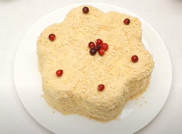 Торт получается красивый и вкусный. /Фото: youtube.com/watch?v=GCLv2ilJhfQ&list=PL8Jo7jcoC1Zm348jXRyB1Y_8fQ8TNTgR1&index=27&t=0s