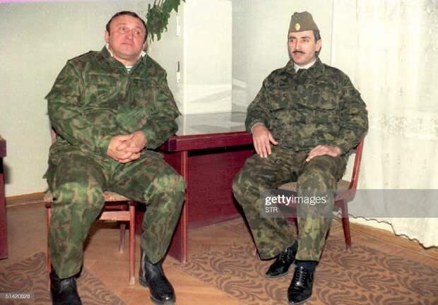 Переговоры министра обороны России Павла Грачева и лидера ичкерийских сепаратистов Джохара Дудаева, 6 декабря 1994 г