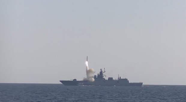 """Фрегат """"Адмирал Горшков"""" успешно выполнил стрельбу гиперзвуковой ракетой """"Циркон"""""""