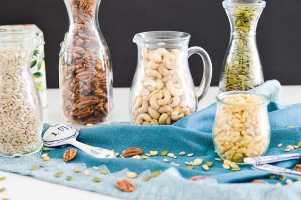 Почему обязательно нужно замачивать орехи, бобовые и семечки перед употреблением