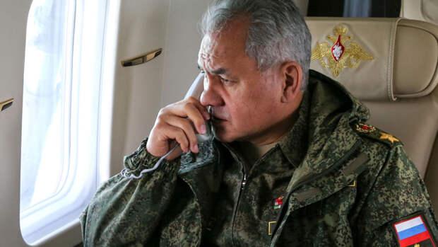 """Шойгу приказал армию и флоту готовиться к """"неблагоприятному развитию"""" учений НАТО"""