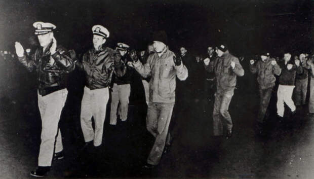 Помимо сбитых самолетов, на счету советских летчиков - свыше сотни пленных американцев. /Фото: a.d-cd.net