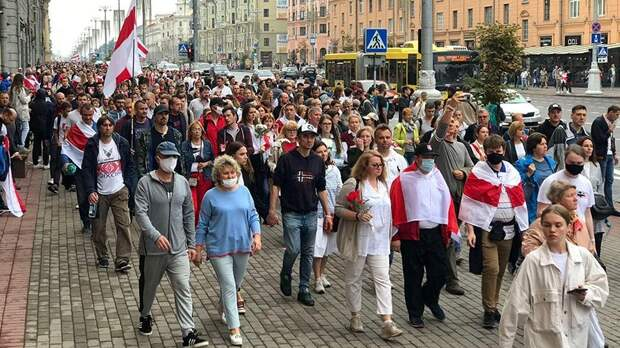 На акцию протеста в Минске вышли 30 тыс. человек