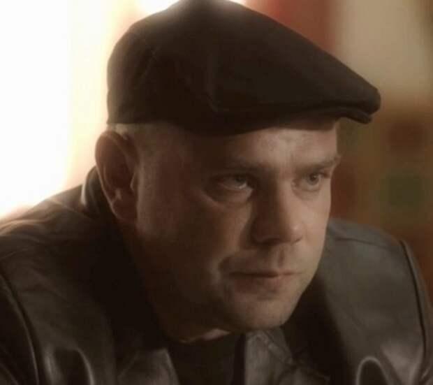 Сын известного актера Игоря Бужинского был найден мертвым: парень умер на улице
