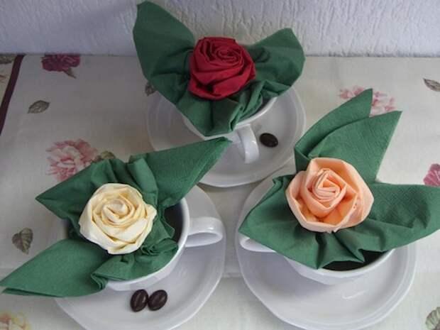 Бумажные и тканевые салфетки для сервировки стола: едим красиво каждый день