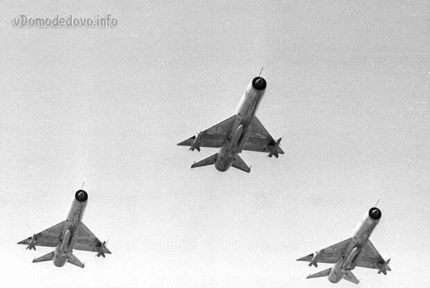 Воздушный парад в Домодедово 9 июля 1967 года
