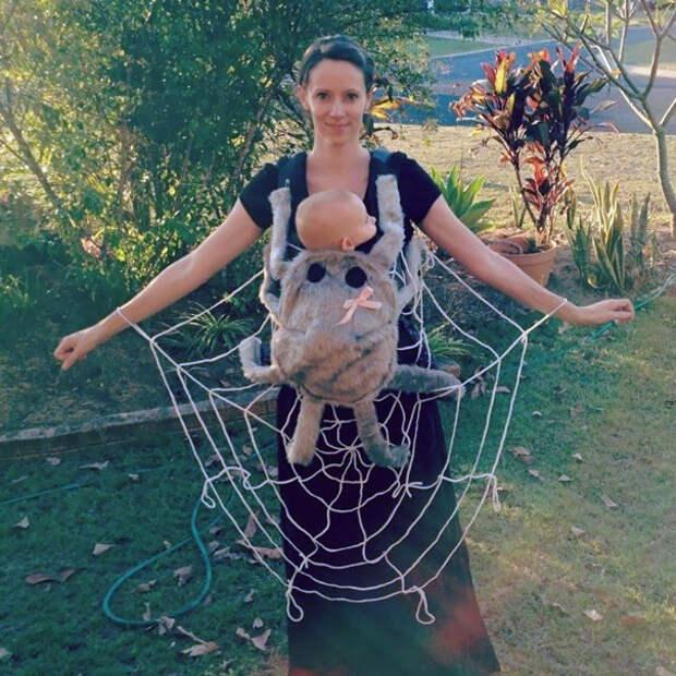 Семейный подряд: как родители и дети готовят совместные костюмы для Хеллоуина